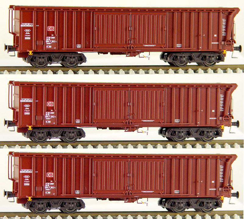 ACME Set Of 3 Sliding Roof Freight Cars Type Tamns889