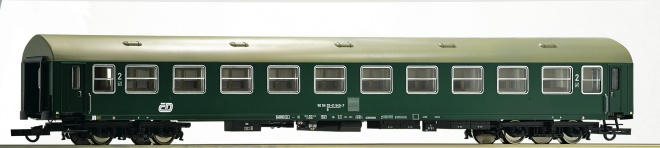 Express train Passenger car type YB70 2nd class<br /><a href='images/pictures/Roco/161425.jpg' target='_blank'>Full size image</a>
