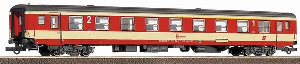 roco passenger car 1st 2nd class for domestic trains with interior lighting eurotrainhobby. Black Bedroom Furniture Sets. Home Design Ideas