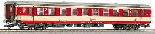 roco passenger car 2nd class for domestic trains with interior lighting eurotrainhobby. Black Bedroom Furniture Sets. Home Design Ideas