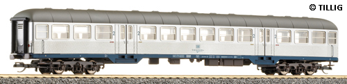 Passenger car 2nd class Silberling with blue frame<br /><a href='images/pictures/Tillig/13856.jpg' target='_blank'>Full size image</a>